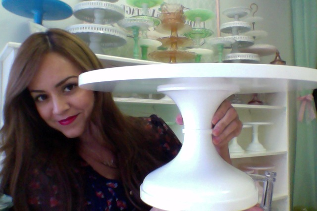 Oversized Cake Stand In White It